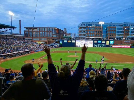 Durham Bulls Athletic Park : GO BULLS