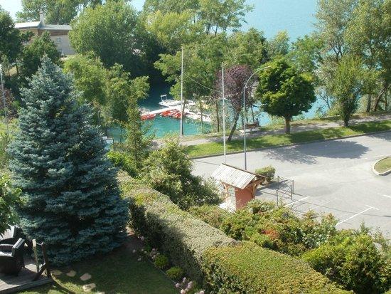 Hotel Les Chaumettes : vue de la chambre