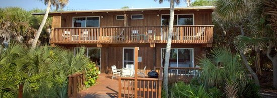 Manasota Beach Club: Just one of several quaint cottages located on the Gulf Of Mexico