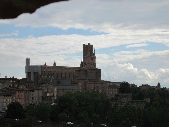 Mercure Albi Bastides : La cathédrale Sainte-Cécile depuis la chambre