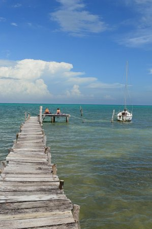 Caye Caulker: The rustic jetty