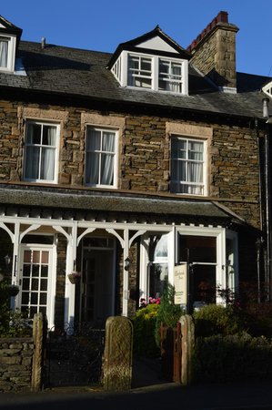 Ellerbrook House : Front of our B&B