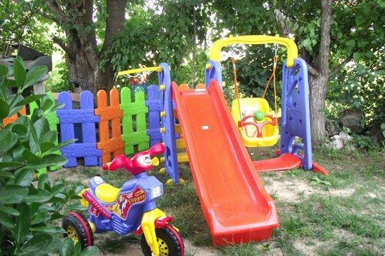 Antalya Farm House : çocuk parkı