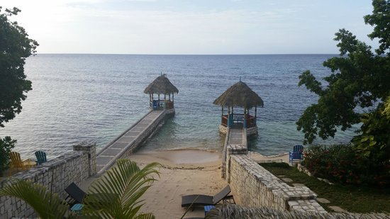 Hermosa Cove - Jamaica's Villa Hotel: The view from the spot we had our wedding breakfast.