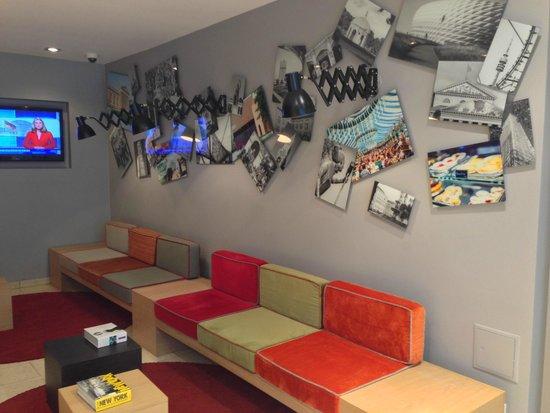 Hotel Stachus: The lobby/the reseption area