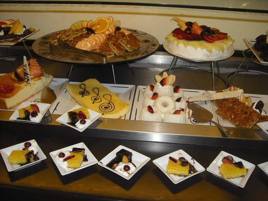 SUNRISE Diamond Beach Resort - Select -: sweets