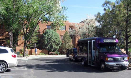 Hotel Santa Fe: Purple shuttles are easy to identify