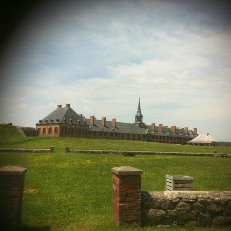 Le site historique national de la Forteresse de Louisbourg : View