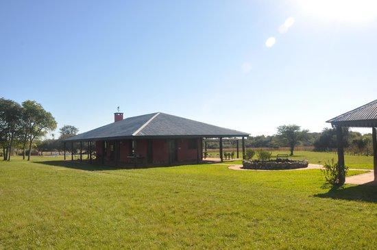 Ibera Lodge: Casa Comedor