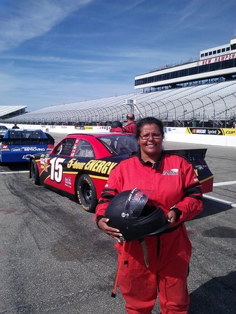 New Hampshire Motor Speedway : Just got out the car ...Awesome ride along
