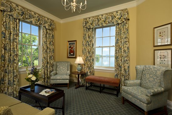 The Otesaga Resort Hotel: Lake Suite Parlor Room