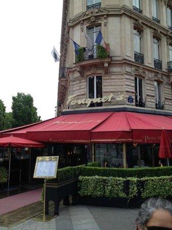 Ricki Stevenson's Black Paris Tours: Fouquet's - Where Prominent African-Americans Dined