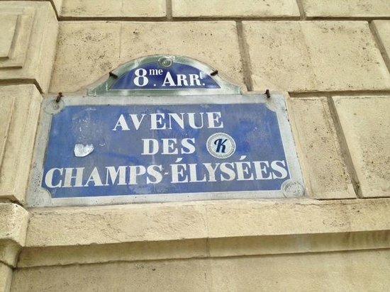 Ricki Stevenson's Black Paris Tours: Avenue des Champs Elysees - Where Josephine Baker Strolled