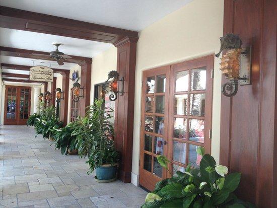 Cheeca Lodge & Spa: Near entrance of resort