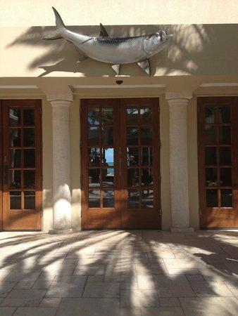 Cheeca Lodge & Spa: Front door to reception area