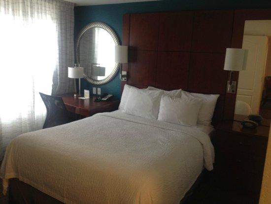 Residence Inn East Rutherford Meadowlands : 2 Bedroom Suite - 1 Bedroom