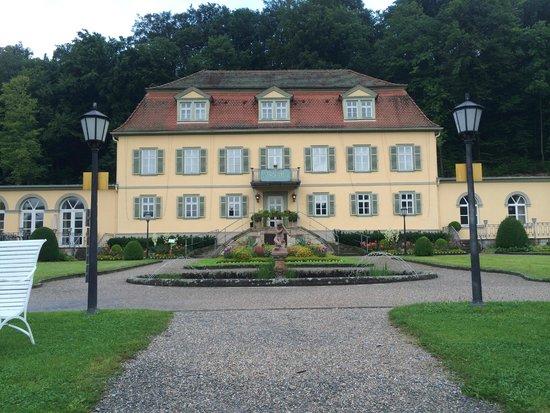 Dorint Resort & Spa Bad Bruckenau: Extra Haus mit Zimmern