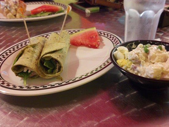 The Corner Shop Cafe : Gluten Free Turkey Avocado Wrap