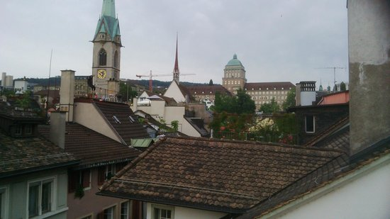 Hotel Wellenberg: Over the rooftops