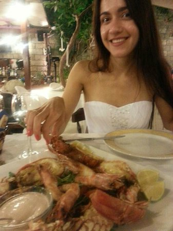 Alexis 4 Seasons Seafood Restaurant : очень вкусно!