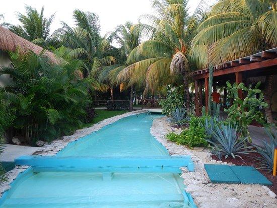 El Dorado Royale, a Spa Resort by Karisma: One of the many walkways
