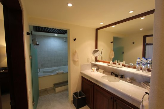 Casa del Mar Golf Resort & Spa: Bathroom