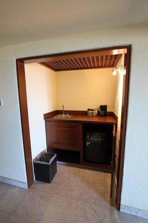 Casa del Mar Golf Resort & Spa: Bar in Room