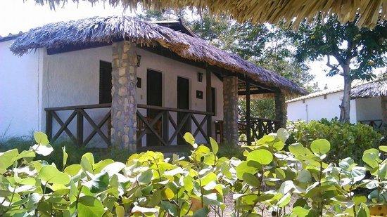 El Morro Eco Adventure Hotel: Habitacion