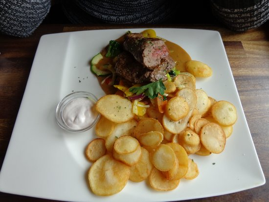 Corner Cafe: Whale Steak with Potatos and Vegetables