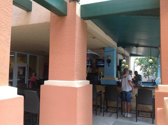 Wyndham Palm-Aire: Bar area