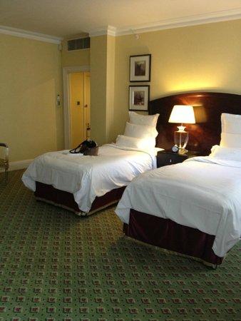 Grosvenor House, A JW Marriott Hotel: Beds