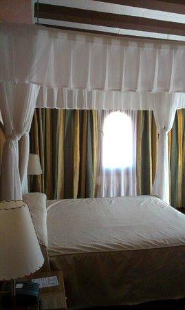 Albarracin Hotel: Habitación