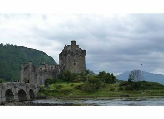 Highland Experience Inverness - Day Tours: Eilean Donan Castle, Skye