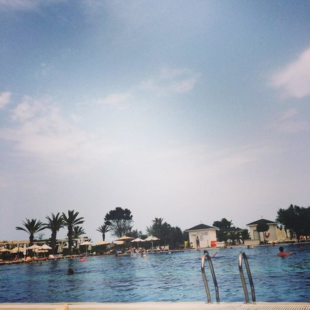 Concorde Hotel Marco Polo: The view from our sunbeds