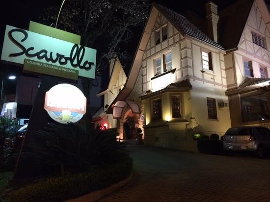 Scavollo Restaurante e Pizzaria : o melhor atendimento de Curitiba!