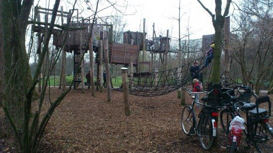 Vondelpark: Uma das diversões para os mais pequenos!