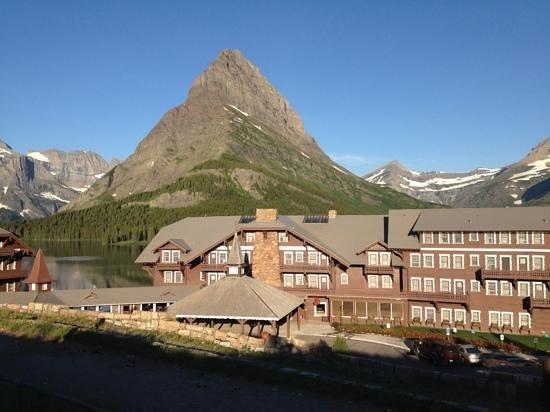 looking west toward Many Glacier Hotel
