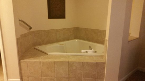 Sheraton Vistana Resort - Lake Buena Vista: Jacuzzi in bedroom