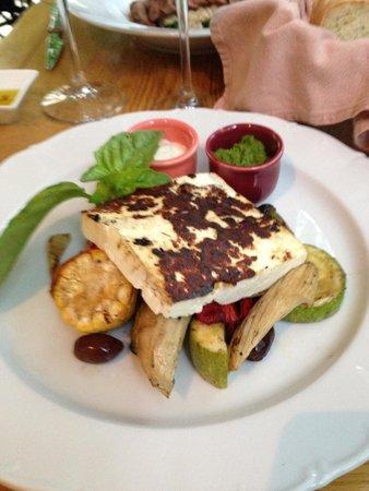 Lavanda: Bulgarian cheese and grilled vegetables