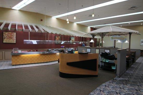 Baymont Inn & Suites Red Deer: Breakfast, dining area
