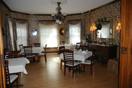 Westby House Inn: Breakfast Room