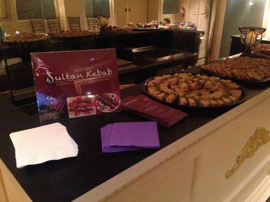 Sultan Kebab: cashew baklava