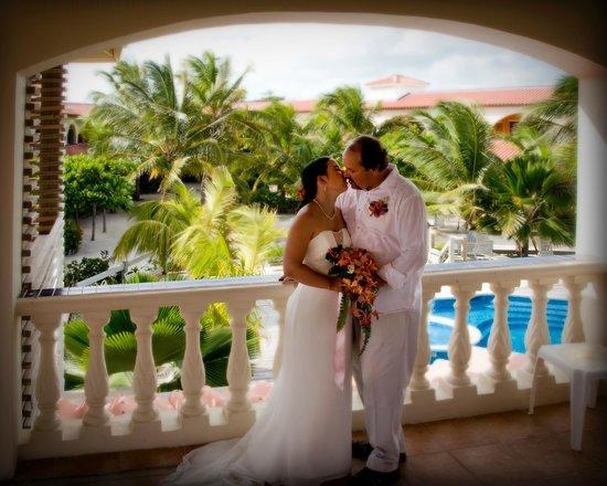 SunBreeze Hotel : Wedding at the Palapa