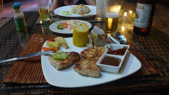 Salad Buri Resort & Spa : Cena