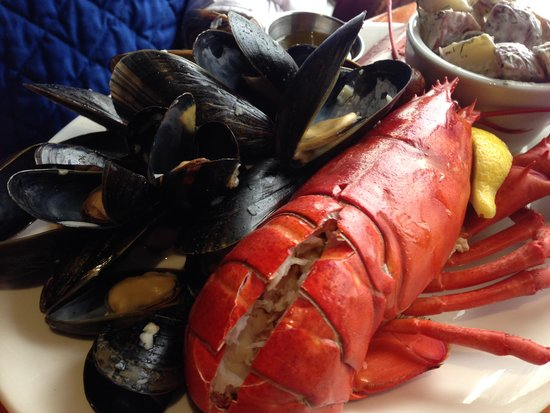 Old Fish Factory Restaurant: Lobster Feast!