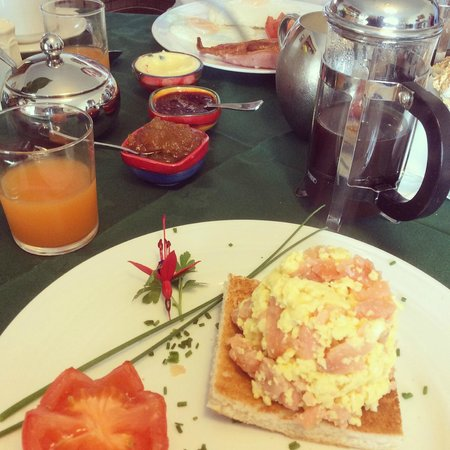 Milestone House: Egg and Salmon breakie