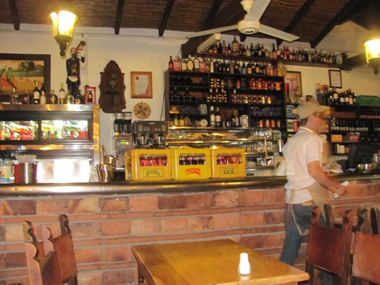 Restaurante el Viejo John: The bar