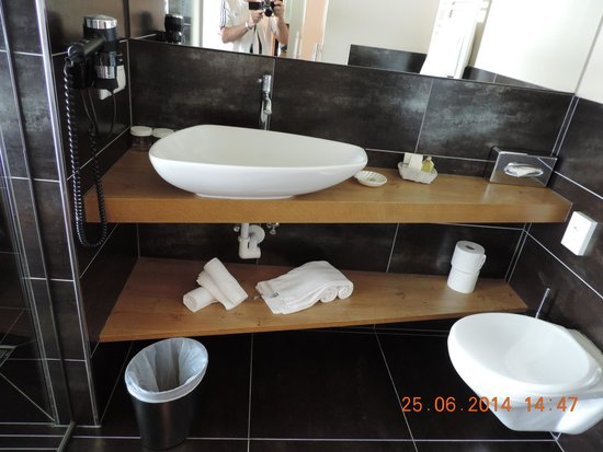 Hotel Goldknopf: bagno