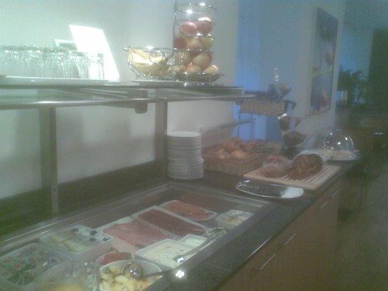 Sorell Hotel Rütli: Frühstücksbuffet