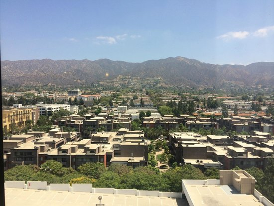 Holiday Inn Burbank: View from Room 1514